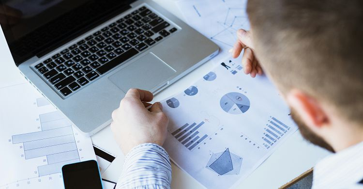 Zašto je važno pratiti ecommerce trendove?